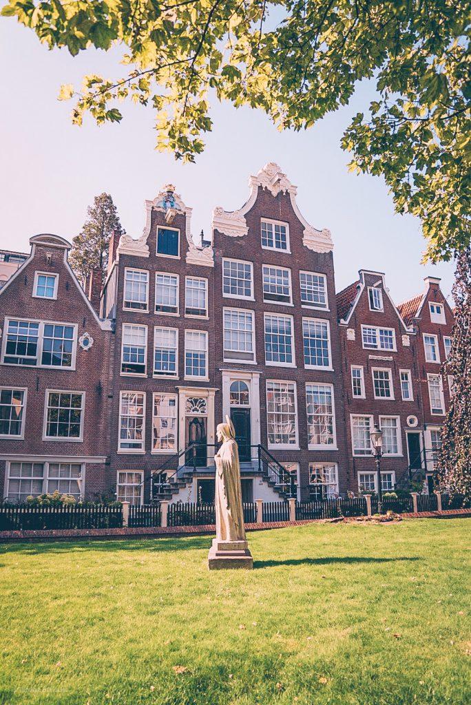 Begijnhof in Amsterdam