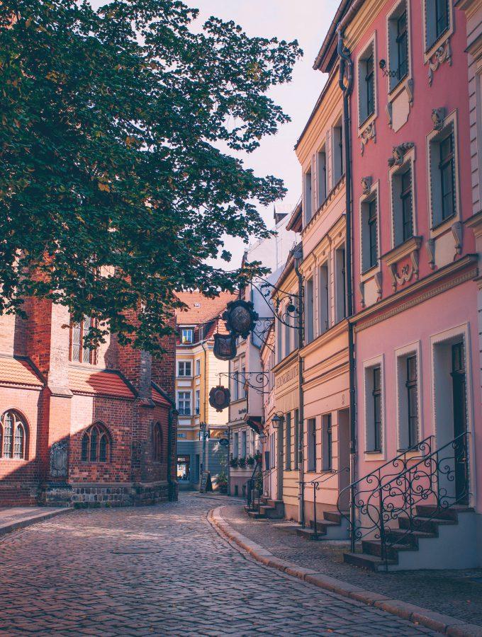 Nikolaiviertel Street