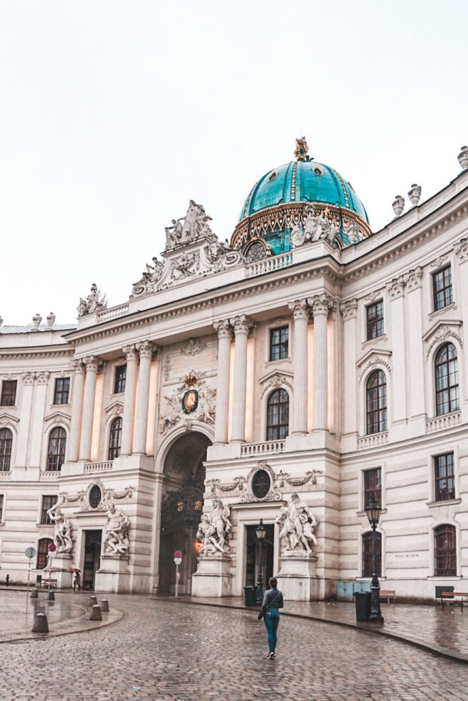 Where to find the best Instagram Spots in Vienna | Hofburg Palace