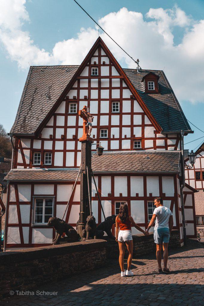 Monreal |Deutsche Eifel |Monreal in der deutschen Eifel |German Eifel Monreal |Travel Couple Germany