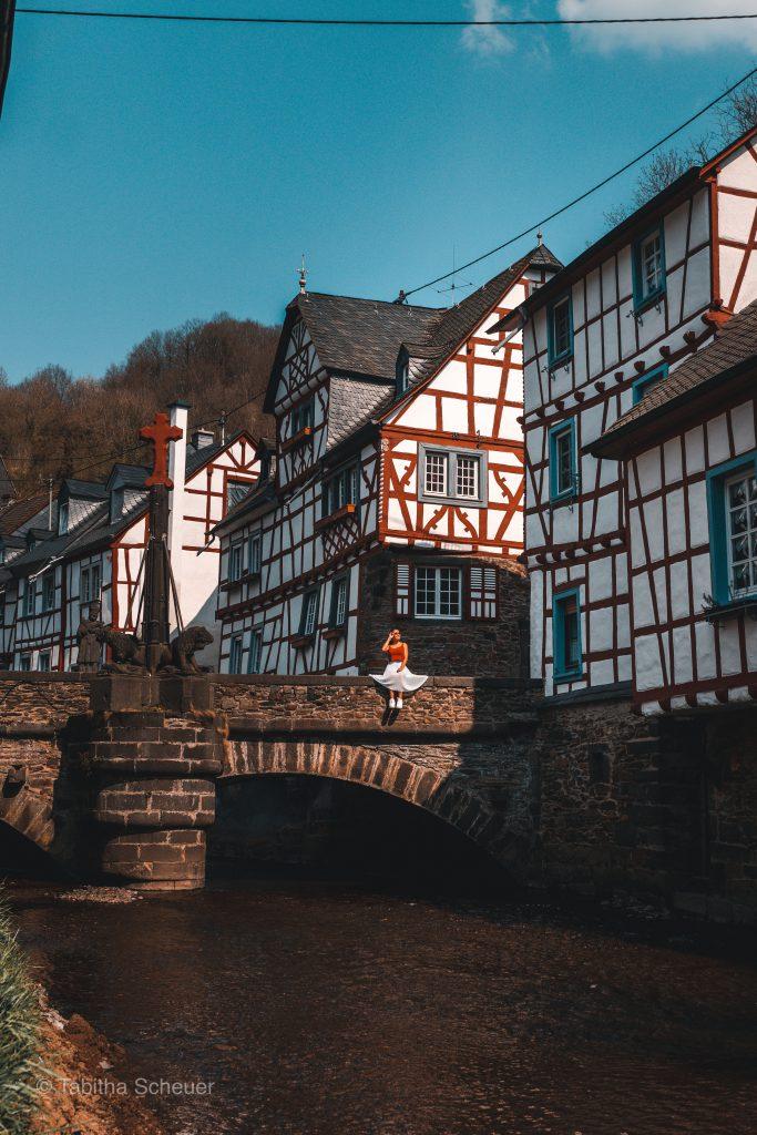 Monreal |Deutsche Eifel |Monreal in der deutschen Eifel |German Eifel Monreal |Travel Couple Germany |Travel Ideas
