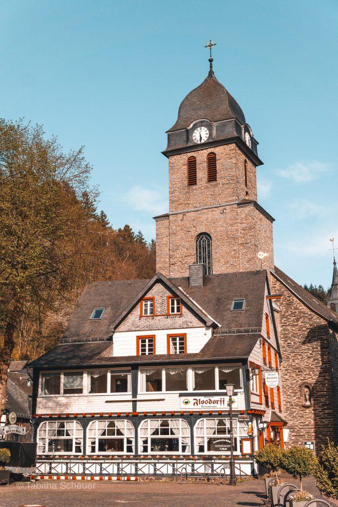 Monschau Marktplatz in Deutschland |Eifel | Monschau