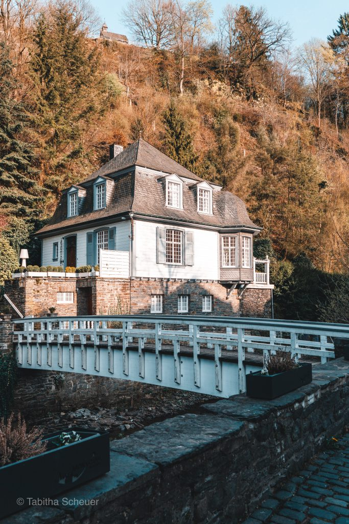 Monschau schöne Gebäude | Monschau Germany | Deutschland Eifel | Eifel Monschau