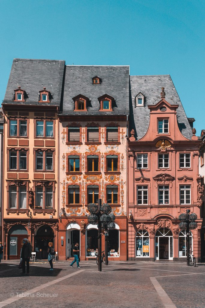 Beautiful buildings in Mainz Germany |How to spend one day in Mainz | Where to take pictures in Mainz