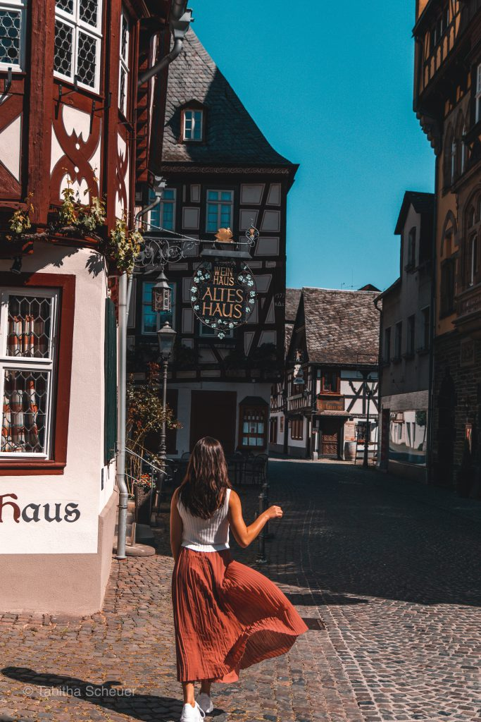 Girl in Bacharach | How to spend one day in Bacharach