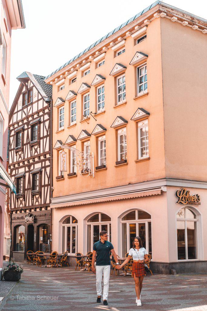 Travel Couple Photography |Linz am Rhein als Foto Spots in der Nähe von Köln