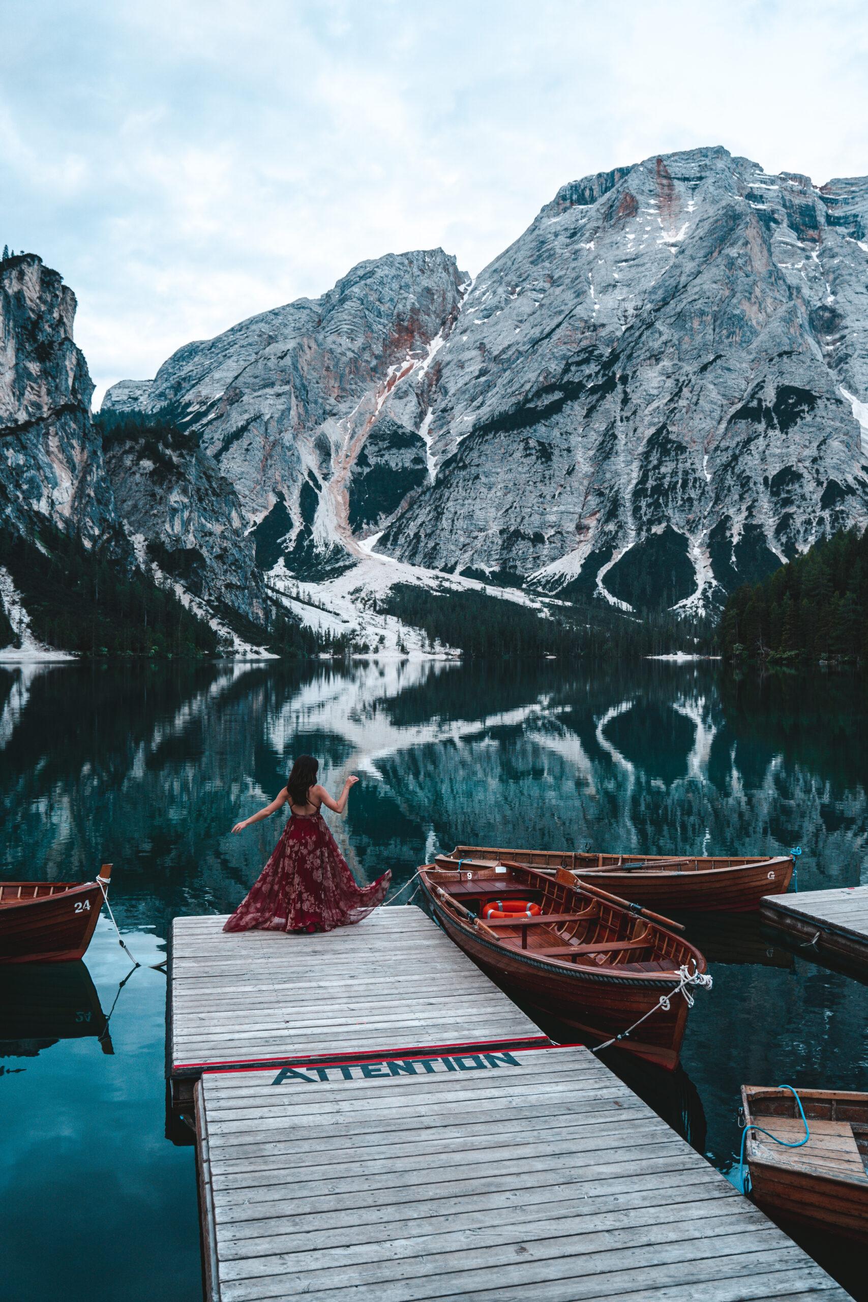 Where to take photos at lago di braies