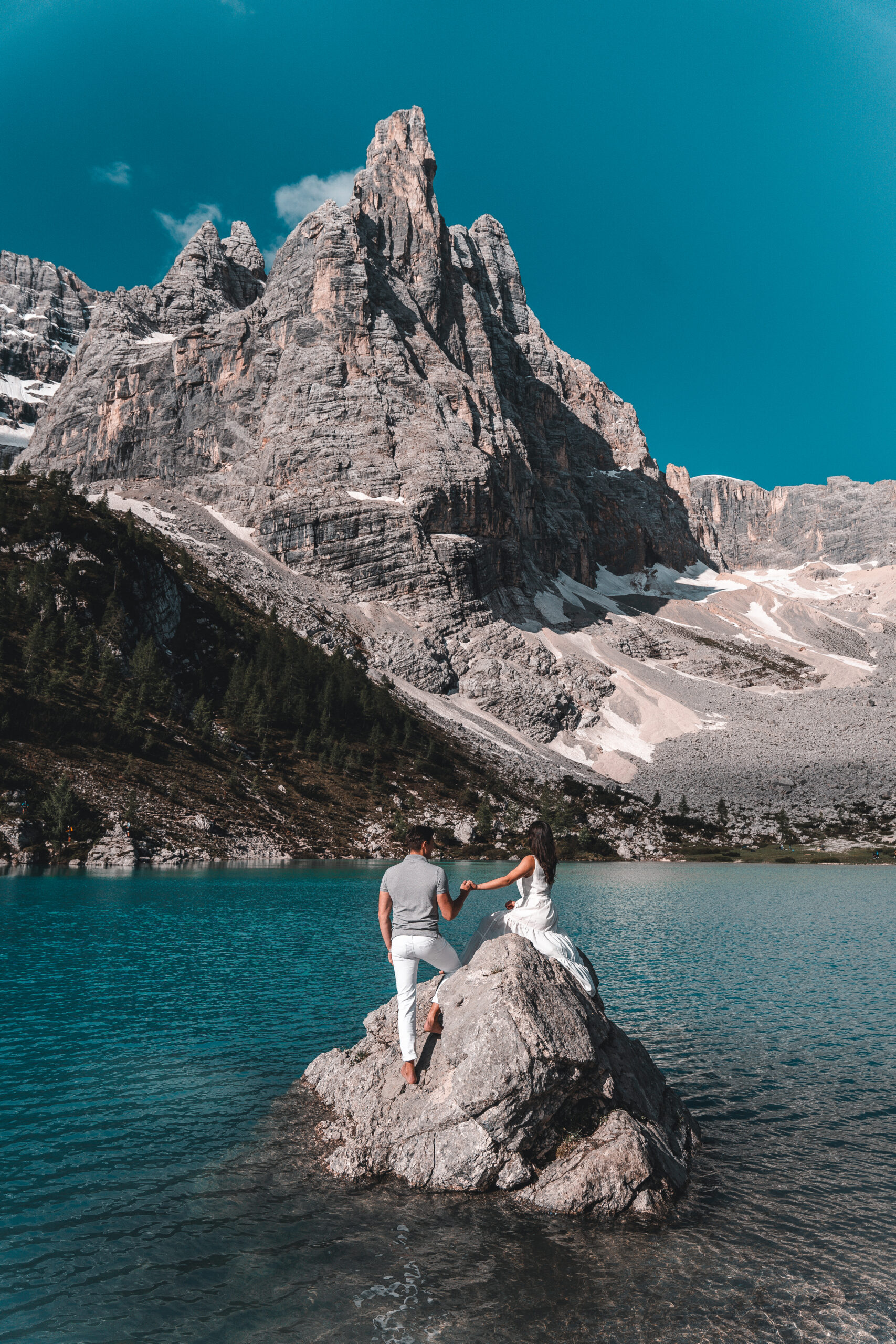Complete Guide to Lago di Sorapis in Italy