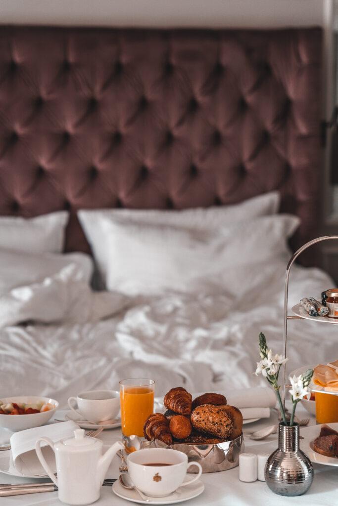 Breakfast at Fairmont Hotel Vier Jahreszeiten in Hamburg