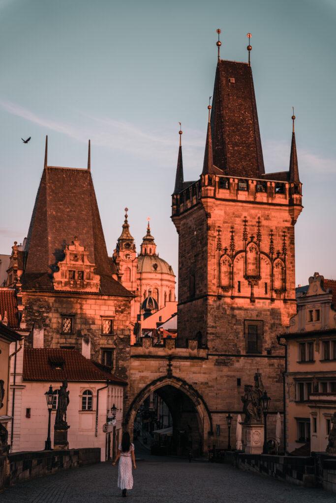 Charles Bridge Prague | Sunrise Shooting in Prague by Tabitha & Florian