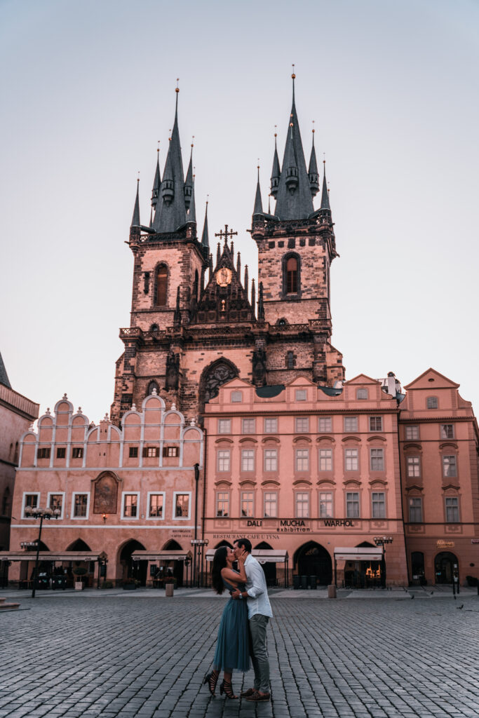 Prague Old Town |Prague Travel Guide & Travel Tips